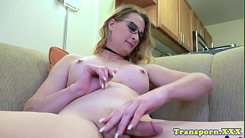 her solo cock shemale wanks Fist time sex bleeding