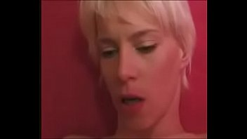 anal mature fuck by Maman eduque sa fille