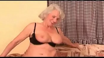 pizza naked milf delivery Stuck in sink son helps